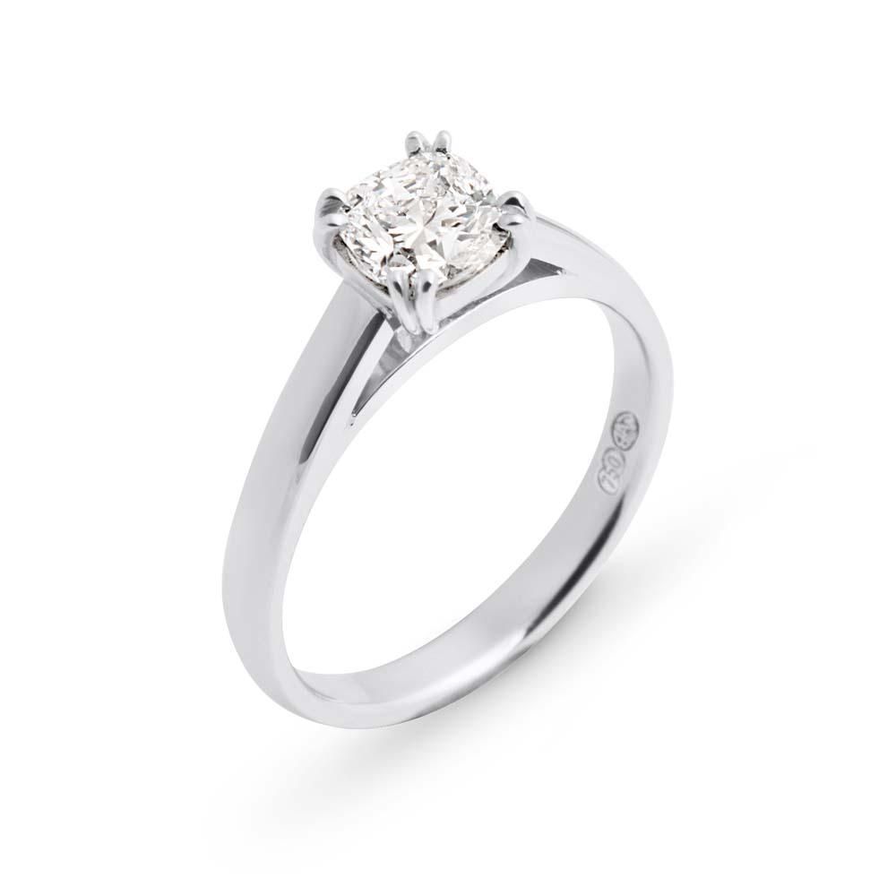 Brett's Jewellers 18ct white gold diamond ring 7