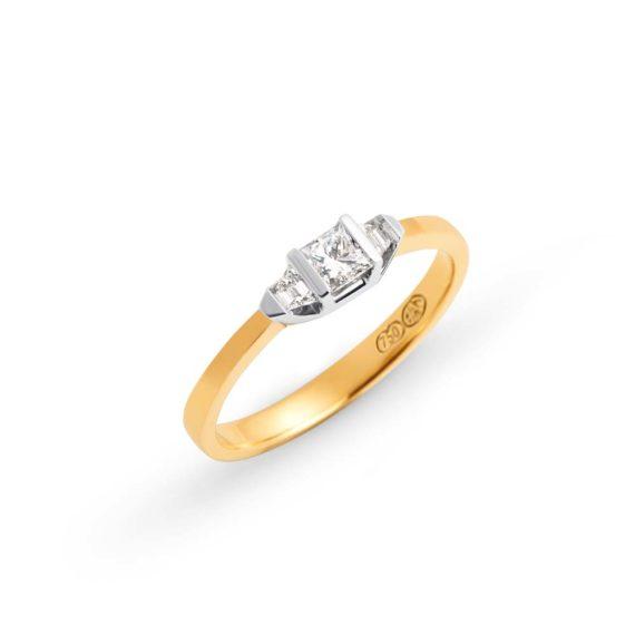 Brett's Jewellers 18ct yellow gold diamond ring 3