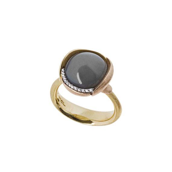 Ole-Lynggaard-Lotus-ring-in-18ct-yg-with-black-onyx-and-diamonds