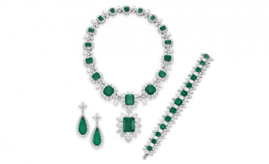 Elizabeth Taylors Emeralds - get a customised version from Bretts Jewellers